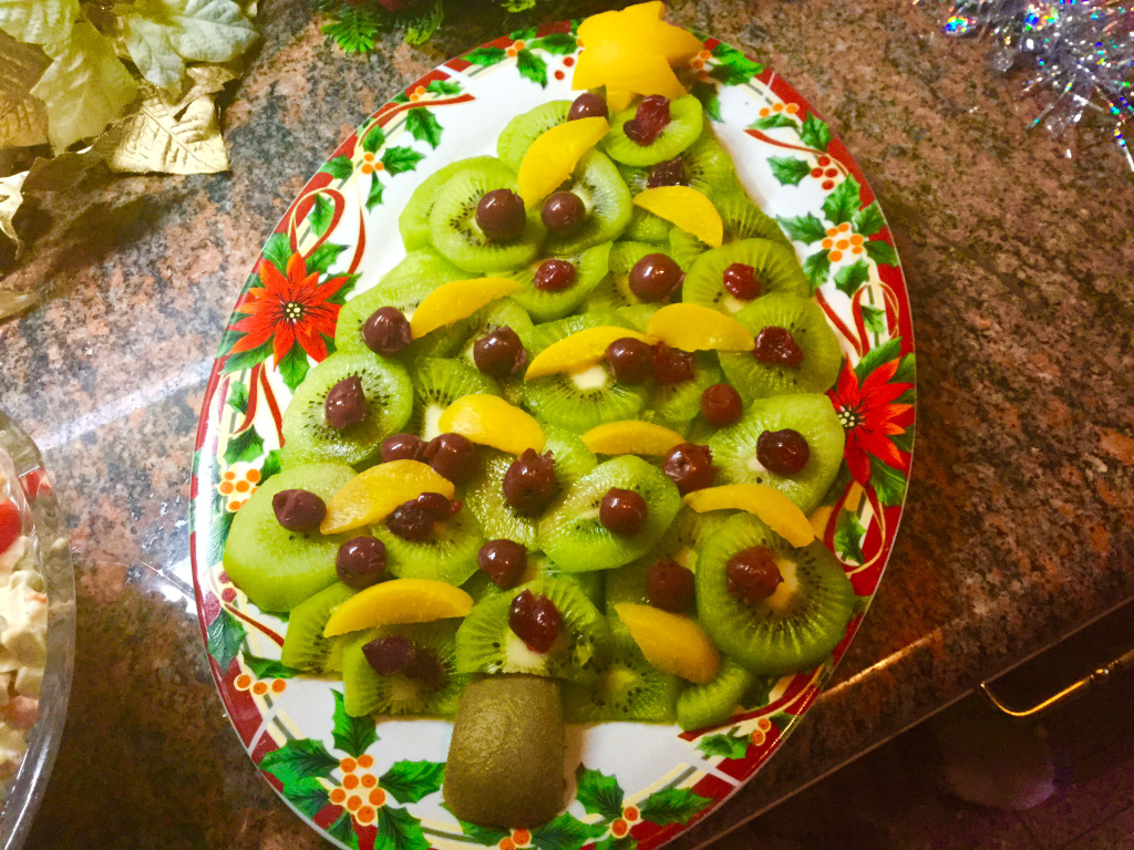 Kiwi Christmas tree edible arrangements
